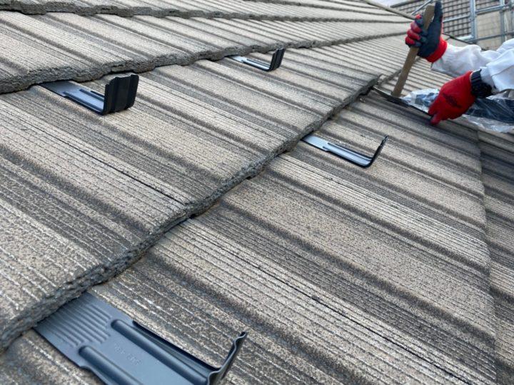 屋根雪止め設置